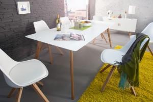 Škandinávsky štýl, jedálenský stôl