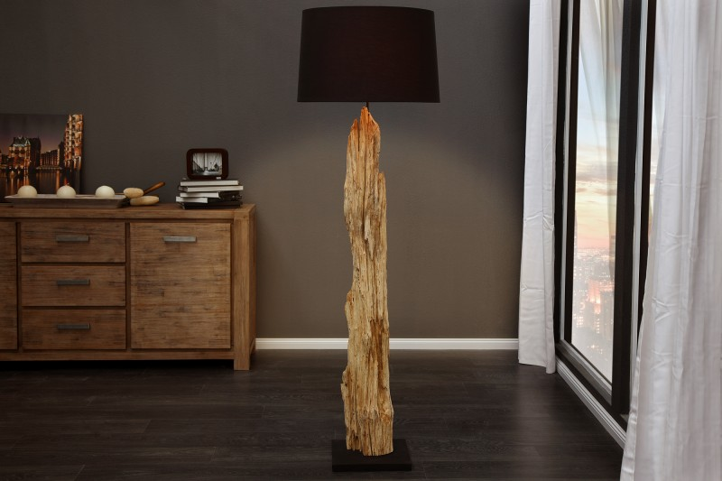 Stojanová lampa - naplavené drevo Rousilique čierna