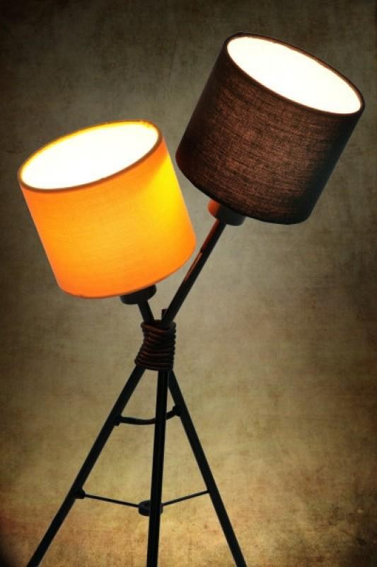 Stolová lampa Vita čierna